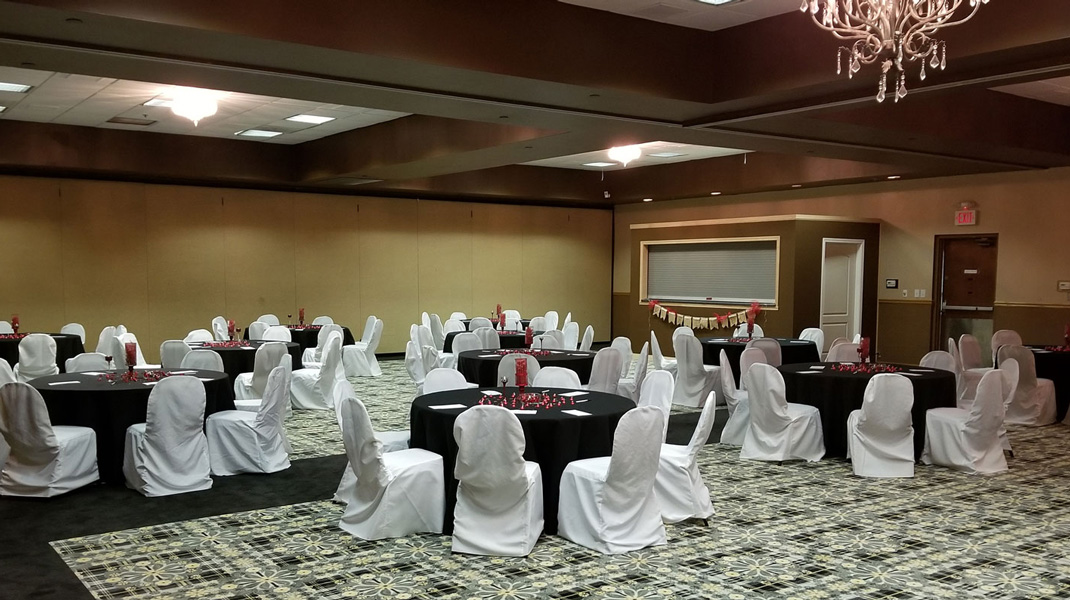 Route 66 Hotel with conference rooms - up to 300 people for meetings, conferences, weddings
