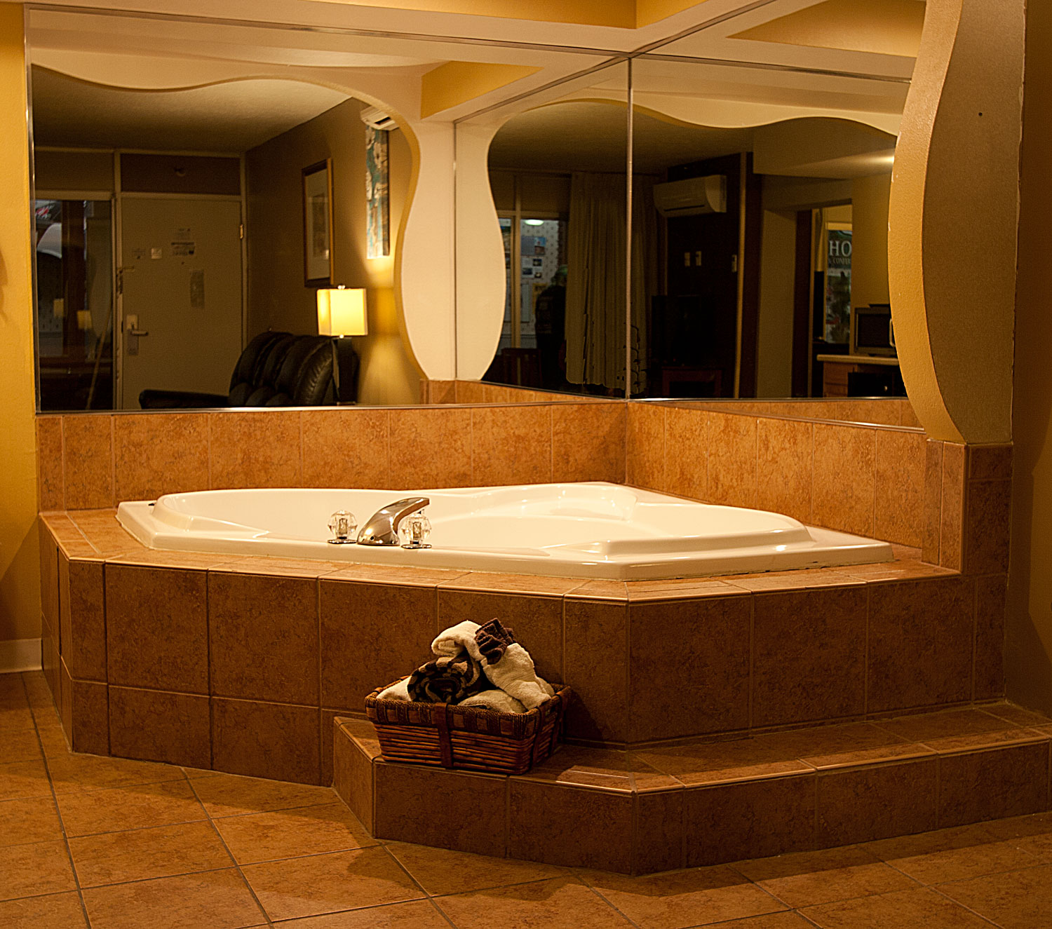 Hotel Rooms With Hot Tubs Wales