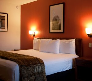Route 66 Hotel and Conference Center, Springfield, IL - looking for a cheap hotel in Springfield, IL? Our king-size room
