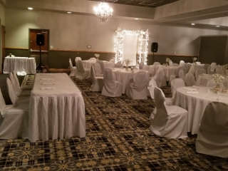 Route 66 Hotel and Conference Center in Springfield - your perfect wedding reception